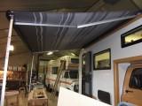 Maart 2013-Mooie zwarte luifel gemonteerd en uitgeprobeerd