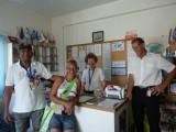 "Mano en Mary, van de ""Mission to Seafarers"" in de haven van Cyprus"