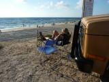 Overnachten op het strand in de buurt van Tel Aviv, heerlijk.