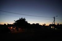 zonsondergang in centrum Manjacaze