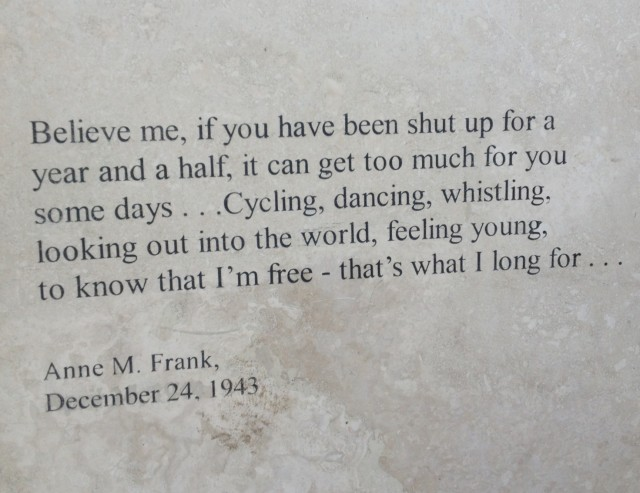 Citaten Uit Dagboek Anne Frank : Mooi stukje tekst uit dagboek van anne frank foto