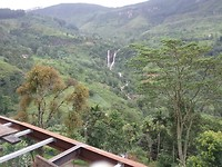 Wonderschoon, op de grote steden na is Sri Lanka, compleet groen