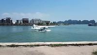 Watervliegtuigje vertrekt