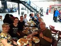 Met elkaar eten op Schiphol <3