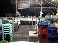 Een eatery (soort lopend buffet)