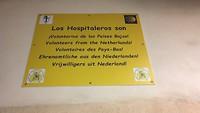 Het bord waarop staat dat hier Nederlandse hospitaleros zijn.