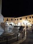 Sfeervol plein achter ons hotel te Monterotondo