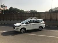 Met deze auto rijden we noord India door.