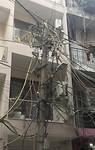Een wirwar van electriciteitsdraden