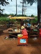 verkoopsters bij het busstation
