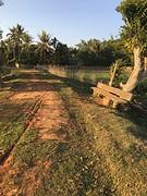 Bankje in het dorp