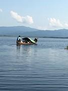 Vissersbootje groen Ondawgyi Lake