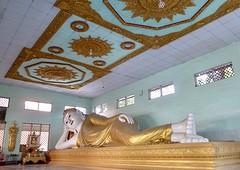 Reclining Buddha @ Sethyatiha Paya
