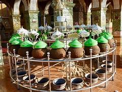 Waterbakken op de mandalay hill
