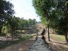 Het pad naar de Wat Saphan Hin