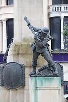 Memorial statue (London)Derry, Noord-Ierland