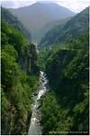 Dag 21 - De brug over de Bhote Kosi rivier in Nepal