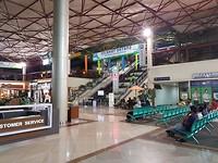 Het vliegveld van Surabaya