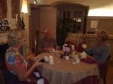 afsuitend etentje in Clery Saint Andre sur Loire met Marian en Elsa er bij