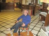 Guus, met een voldaan gevoel in ons hotel in Estencuby