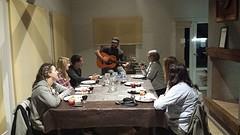 20160830_205614  Gaucho speelt gitaar