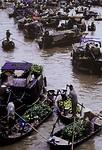 184.Floating Market