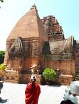 324.Cham tempel