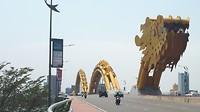 377.Drakenbrug