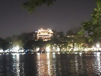 601.hanoi by night