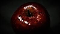 apple-4831383__340