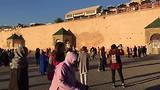 Gezelligheid op het plein van Meknes
