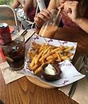 Snacktime met Eline bij Beach Walk Plaza.