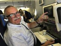 john in vliegtuig
