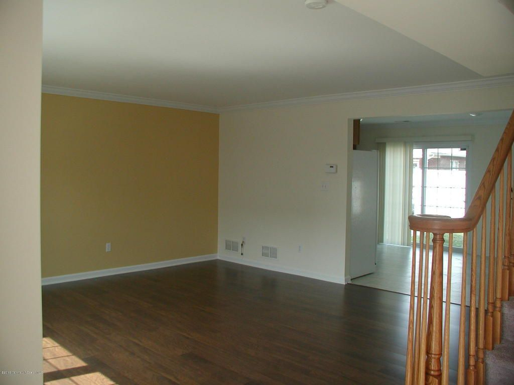 Beautiful 2BR Townhome for rent near New Brunswick Train Station