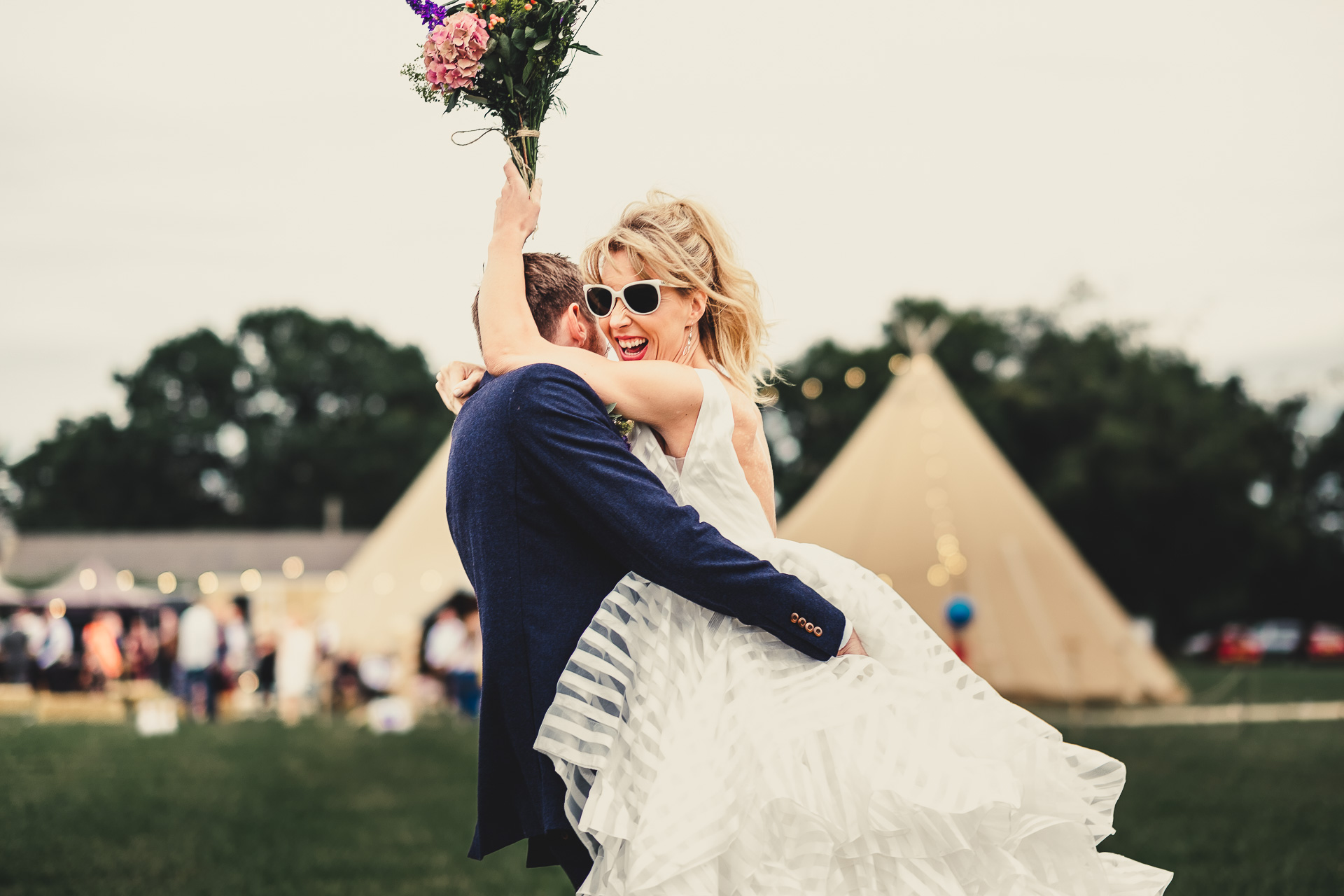 MANCHESTER WEDDING PHOTOGRAPHER, AYESHA PHOTOGRAPHY, CREATIVE MANCHESTER WEDDING PHOTOGRAPHER, CHESHIRE WEDDING PHOTOGRAPHER, DESTINATION WEDDING PHOTOGRAPHER, STYLISH WEDDING PHOTOGRAPHY, FESTIVAL WEDDING PHOTOGRAPHER, FESTIVAL WEDDING, BOHO WEDDING, TIPI WEDDING CHESHIRE