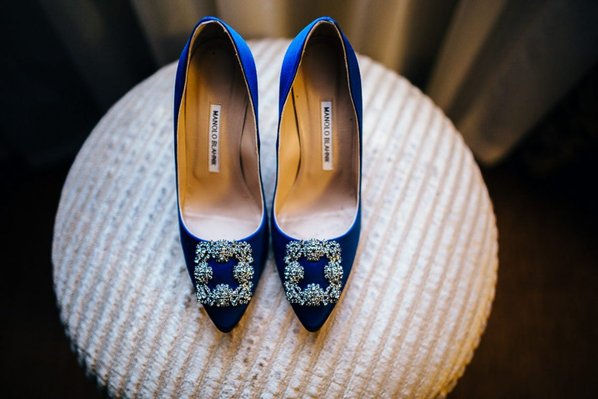 blue manolo blahnik wedding shoes, bride and groom confetti, manchester wedding photographer, lock 91 wedding, ayesha photography