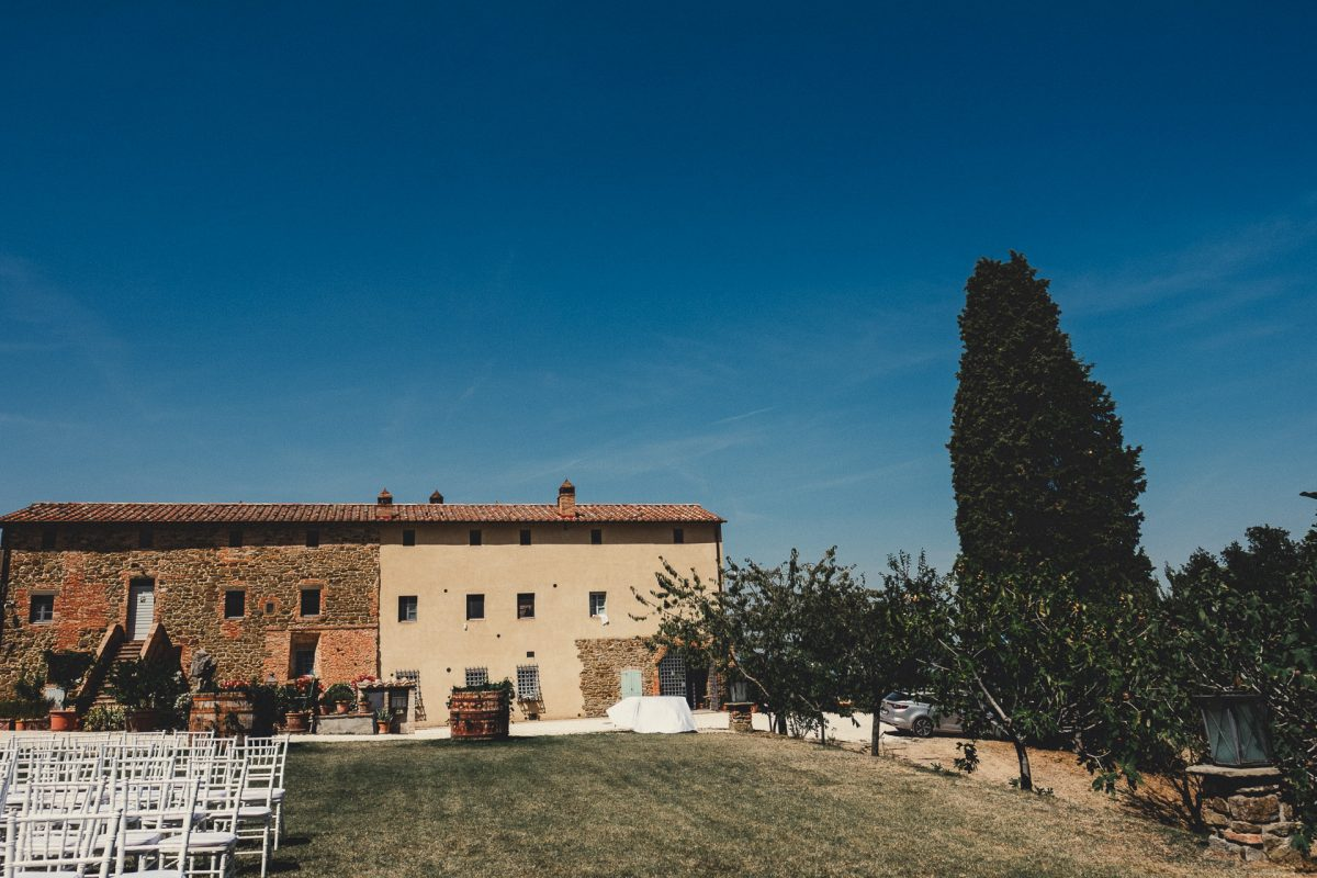 Wedding photographer in Umbria, Agriturismo I Frati Paciano, Italian wedding, Ayesha Photography, Destination wedding photography, Italy wedding photographer, Tuscany wedding photographer, Manchester wedding photographer, picture of building set up for wedding