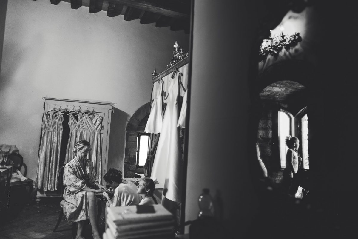 Wedding photographer in Umbria, Agriturismo I Frati Paciano, Italian wedding, Ayesha Photography, Destination wedding photography, Italy wedding photographer, Tuscany wedding photographer, Manchester wedding photographer, bride getting ready