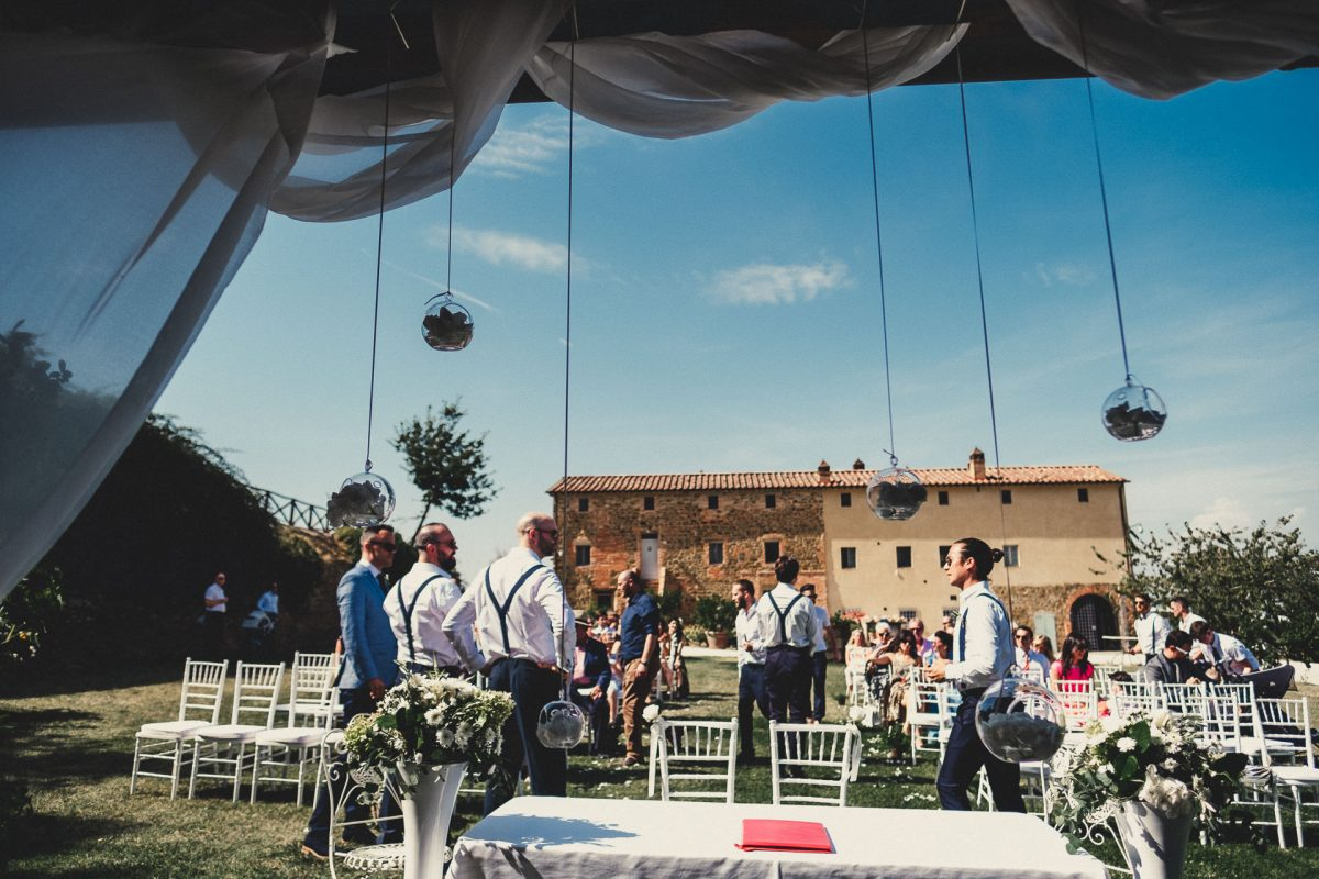 Wedding photographer in Umbria, Agriturismo I Frati Paciano, Italian wedding, Ayesha Photography, Destination wedding photography, Italy wedding photographer, Tuscany wedding photographer, Manchester wedding photographer, wedding ceremony set up