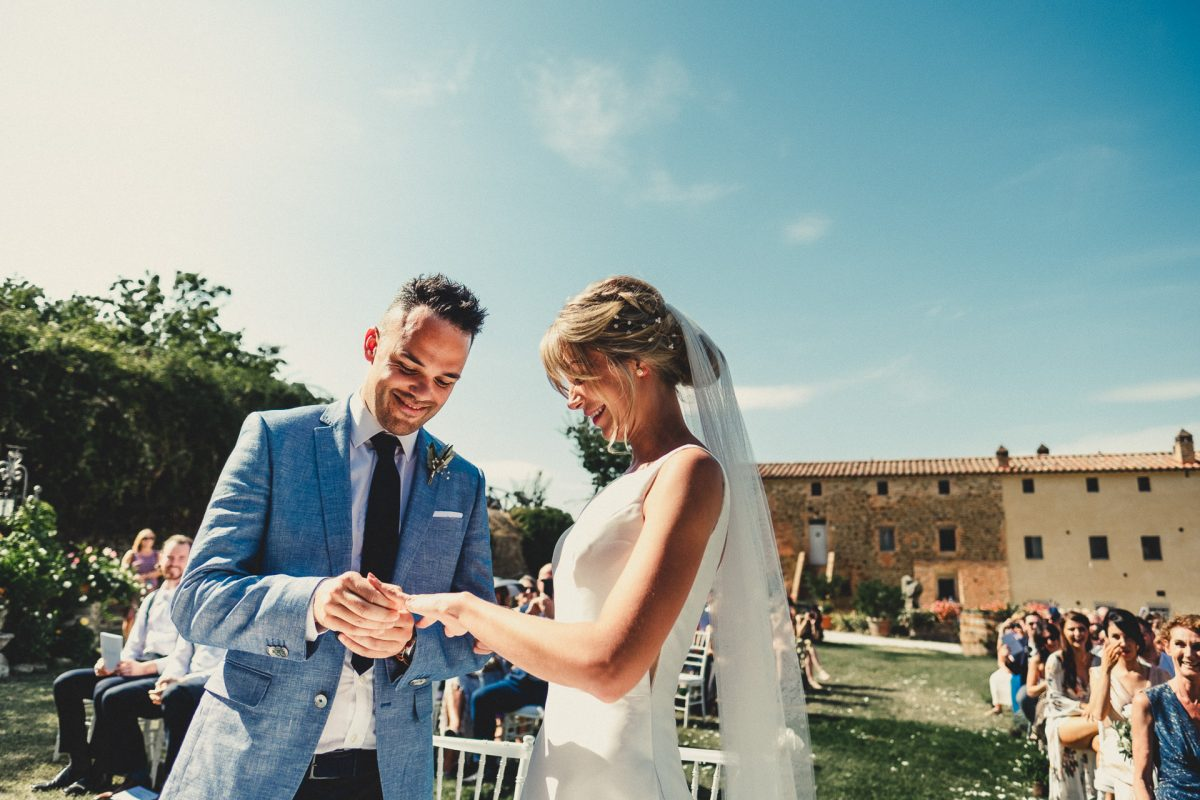 Wedding photographer in Umbria, Agriturismo I Frati Paciano, Italian wedding, Ayesha Photography, Destination wedding photography, Italy wedding photographer, Tuscany wedding photographer, Manchester wedding photographer, bride and groom exchange rings