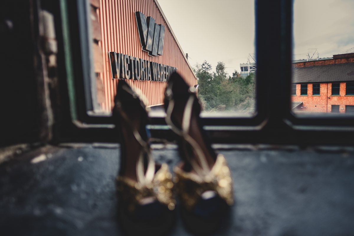 VICTORIA WAREHOUSE ASIAN WEDDING PHOTOGRAPHY, MANCHESTER WEDDING PHOTOGRAPHER, MANCHESTER WEDDING PHOTOGRAPHY, VICTORIA WAREHOUSE WEDDING PHOTOGRAPHER, VICTORIA WAREHOUSE WEDDING, ASIAN WEDDING PHOTOGRAPHER, MANCHESTER ASIAN WEDDING PHOTOGRAPHER, ASIAN FUSION WEDDING PHOTOGRAPHY, AYESHA PHOTOGRAPHY, WEDDING SHOES ON WINDOW SILL