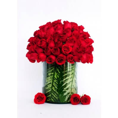New Collection - 100 Red Roses