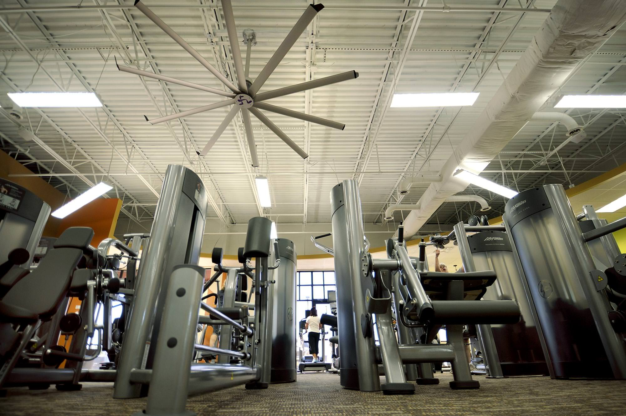 Industrial gym fans from big ass fans keep athletes comfortable