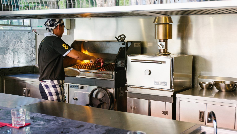 4-Baba-Hot-Box-Best-BBQ-Grill-Phuket1