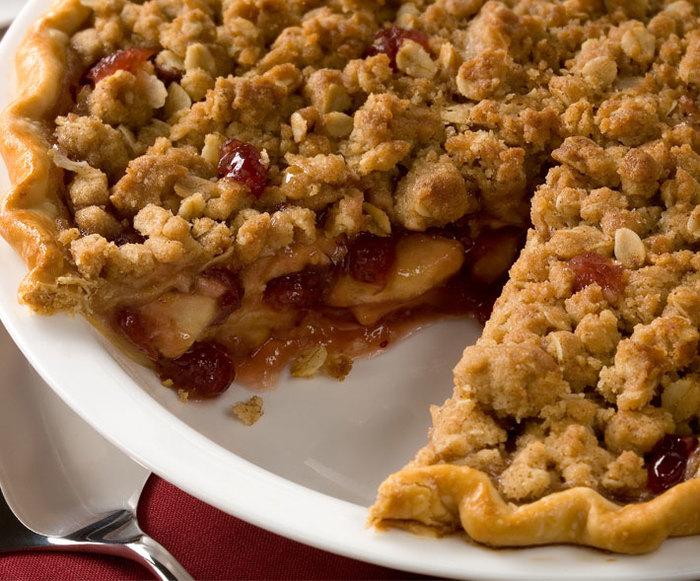 Apple Cranberry Streusel Pie