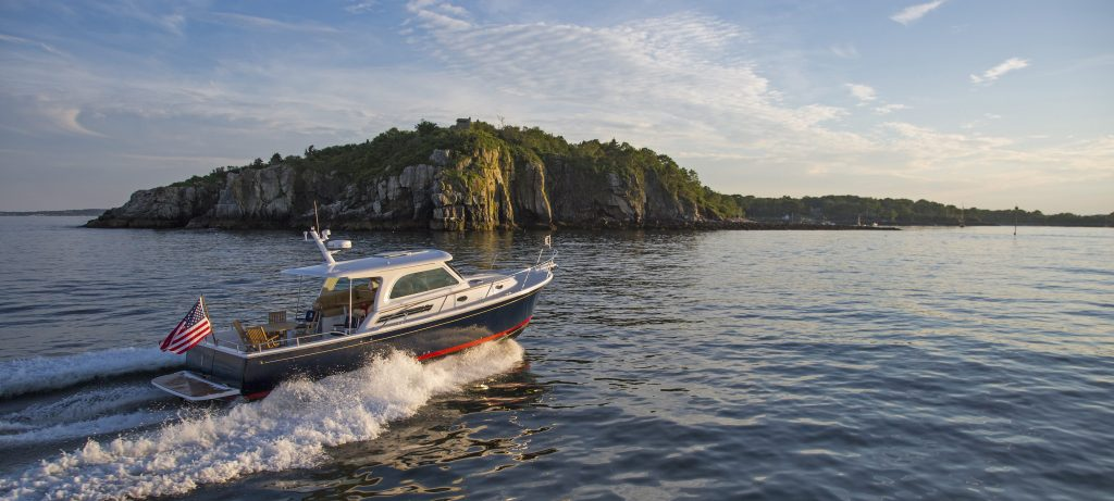 Back Cove 37 Downeast - Luxury Motor Yacht