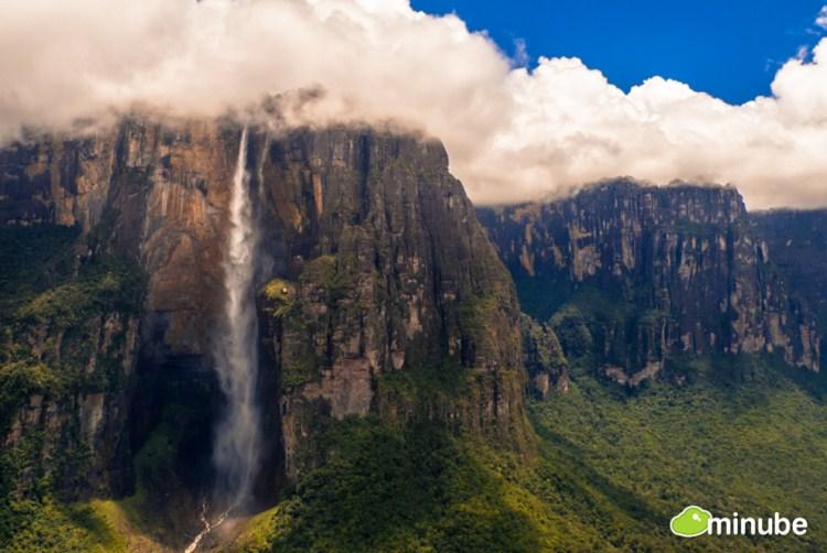 30.) Canaima National Park