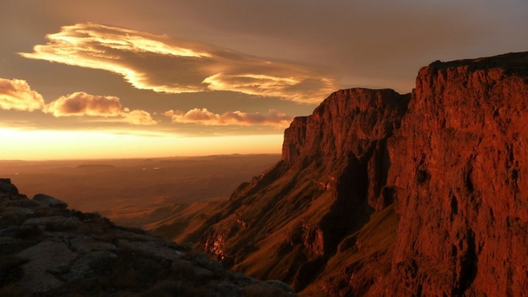 30.) North Drakensberg Traverse