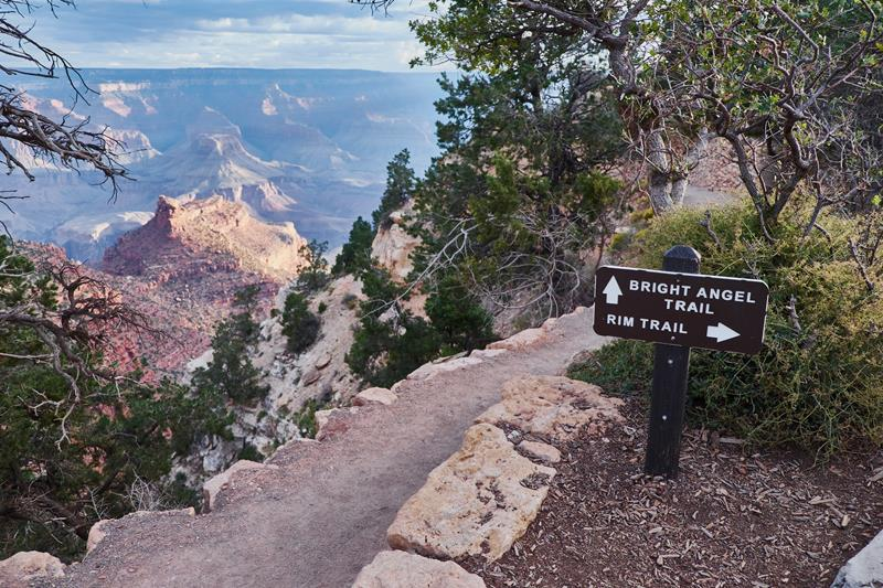 10 - 25 Most Treacherous Hiking Trails in the World - Bright Angel Trail, Arizona
