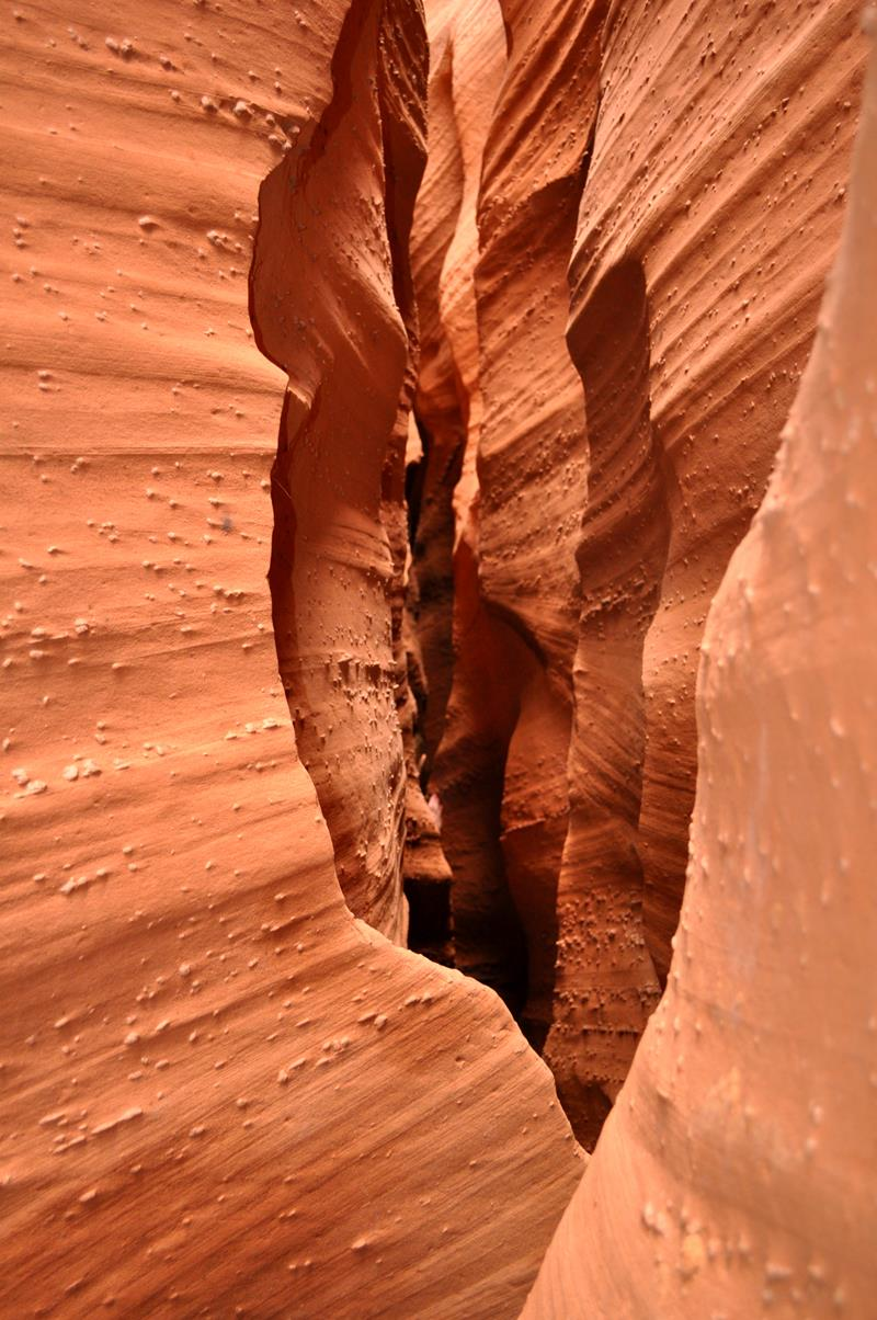 16 - 25 Most Treacherous Hiking Trails in the World - Peek-a-boo Gulch, Utah